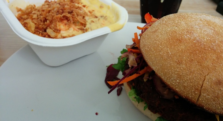 Cheese Burger & Cole Slaw