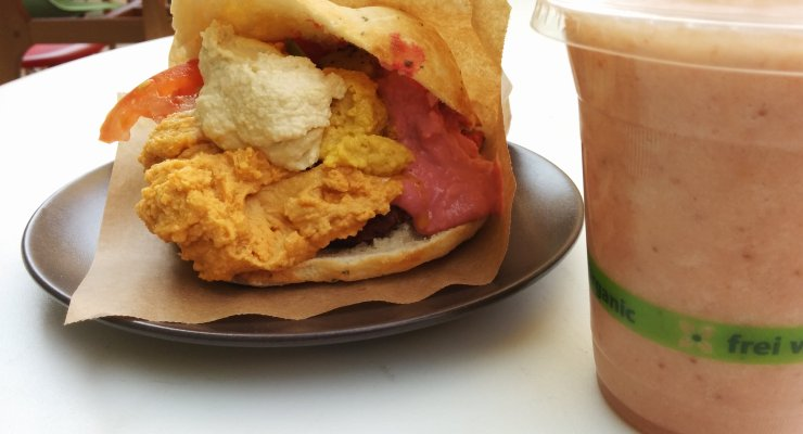 Falafel Sandwich (vegan)